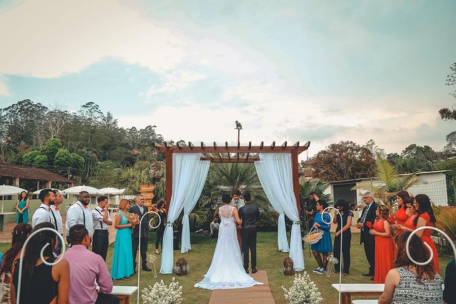 jó hangulatú esküvő